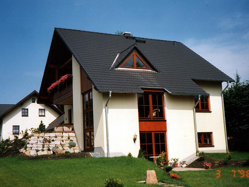 Einfamilienhaus mit einliegerwohnung im keller  Klassisch - Gerlach Haus GmbH